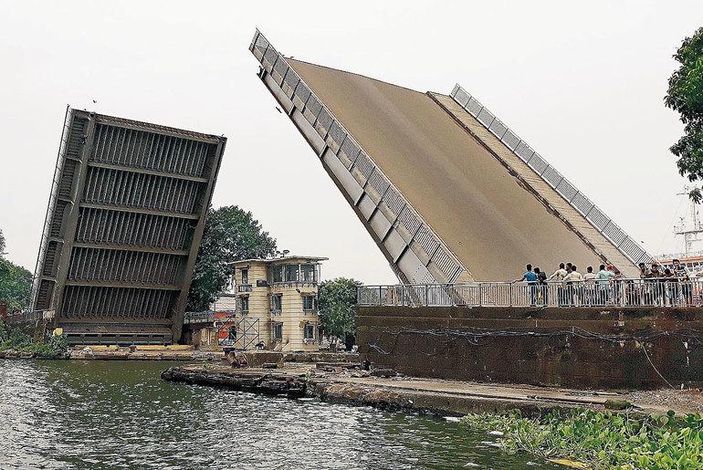 Tunnel Hoogly River Kolkata