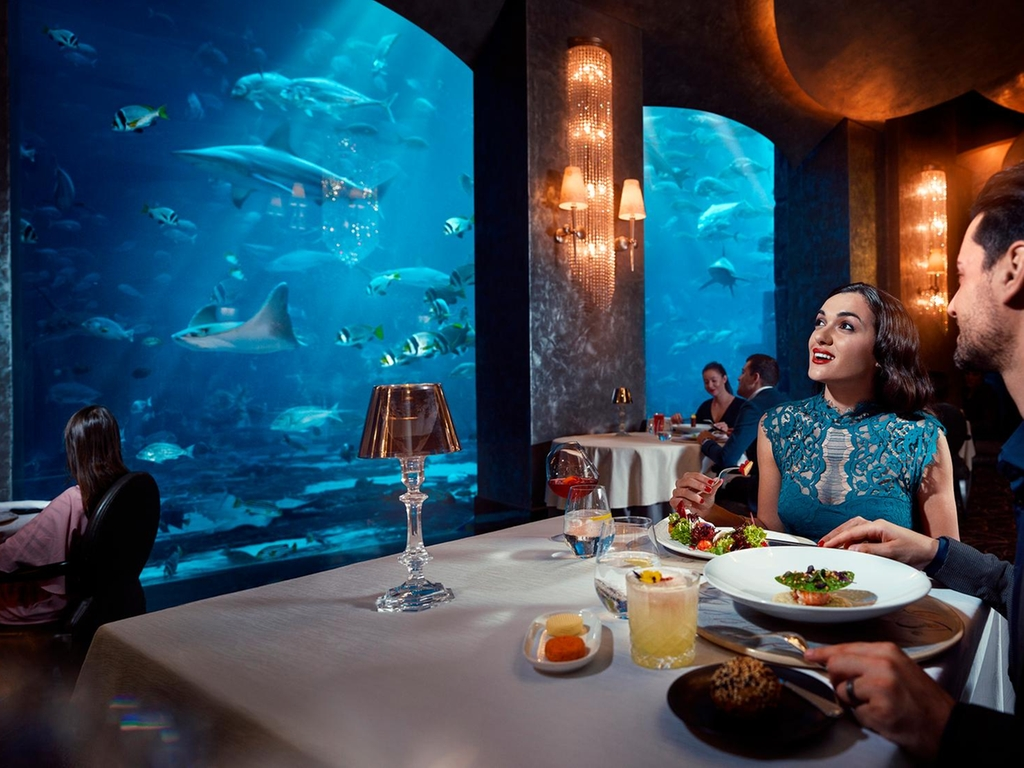 Atlantis The Palm S Underwater Restaurant To Reopen With A New 18 Course Menu Curly Tales