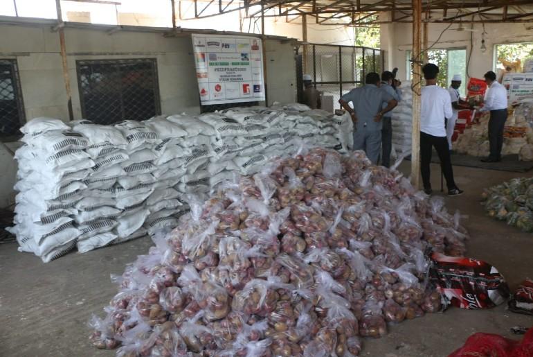 Vikas Khanna Promises 10 Million Meals