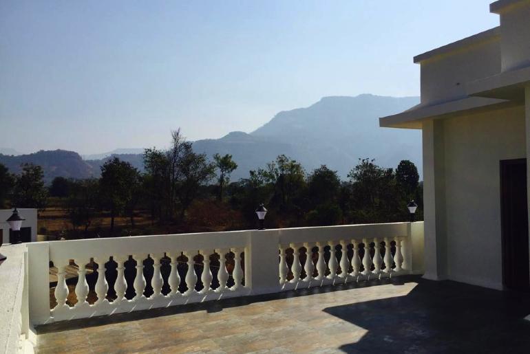 Private Villas In Karjat
