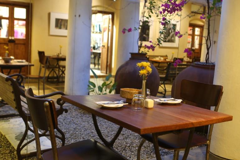 garden cafes in bangalore