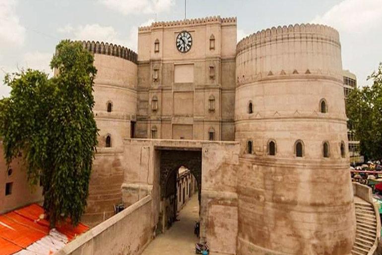 Forts Palaces Gujarat