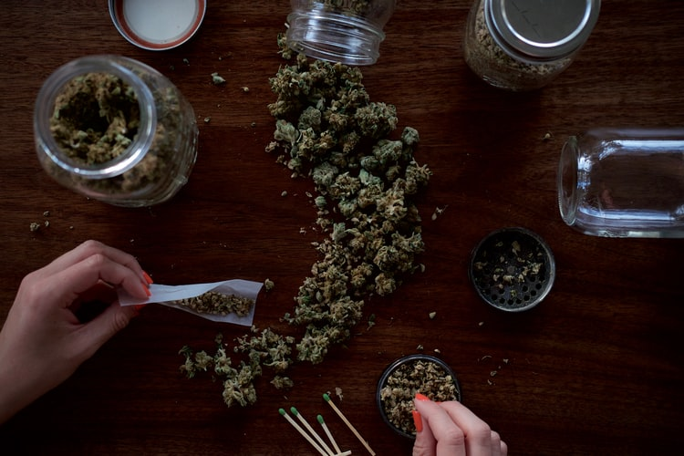 amsterdam weed cafes