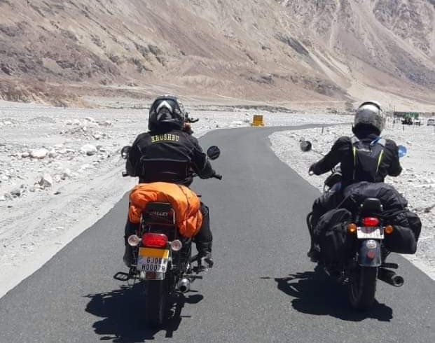 Vadodara Gujarat To Ladakh