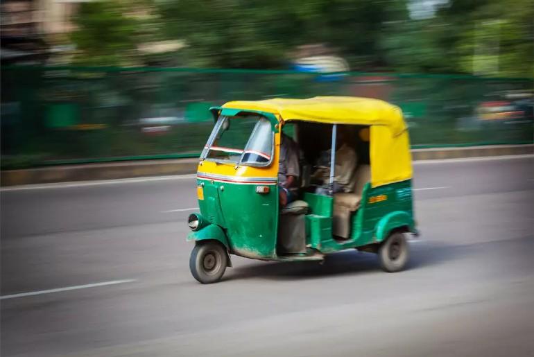 Noida Colour-Code Autos