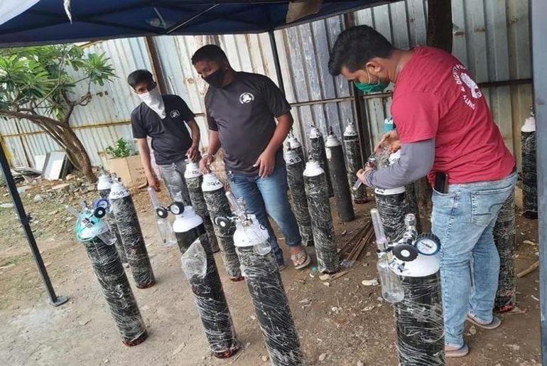 Mumbai Man Sells SUV COVID Patients Oxygen