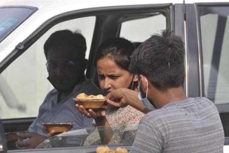 lucknow in-car dining