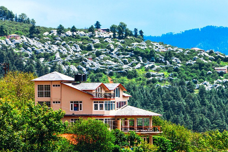 things to see in tirthan valley