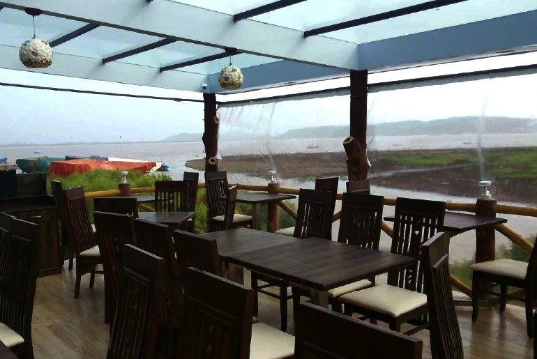 Beach Cafes In Mumbai