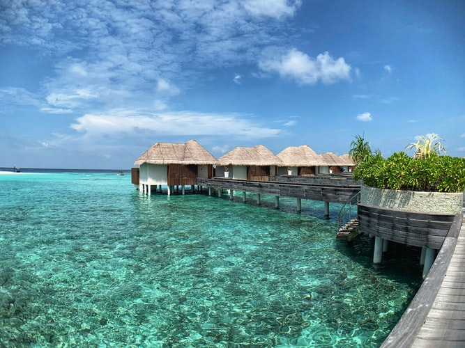 hacks to book luxury hotels for cheap