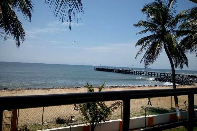 beach restaurants in pondicherry